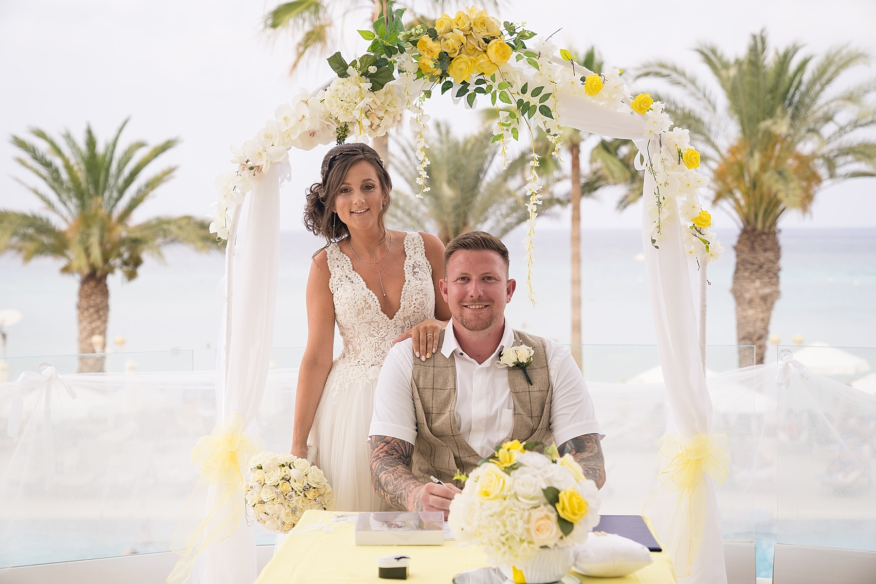 Sunrise Beach Hotel – Caley & Liam
